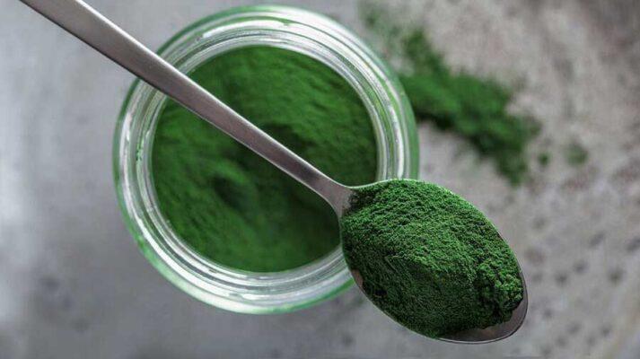 Chiết xuất từ tảo xoắn Spirulina hỗ trợ nuôi dưỡng làn da trắng sáng