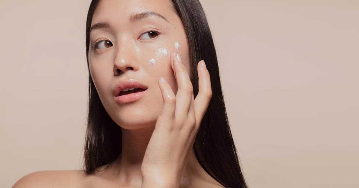 Những lưu ý khi chăm sóc da mặt vào mùa mưa