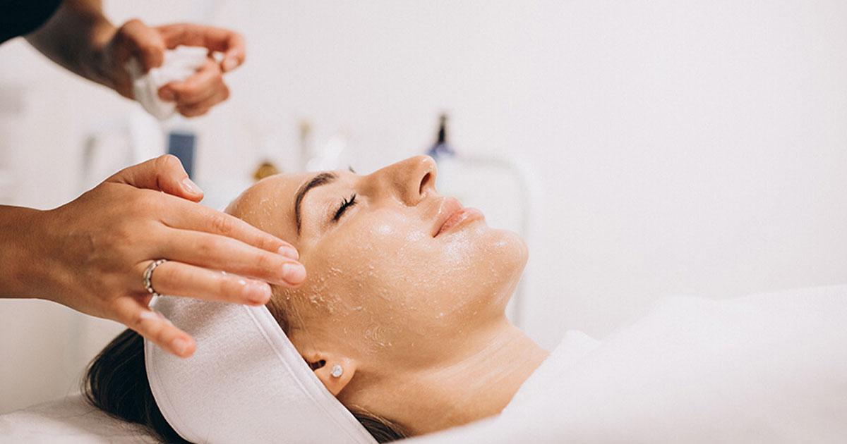 Các cách cấp nước cho da để da luôn mịn màng trắng sáng