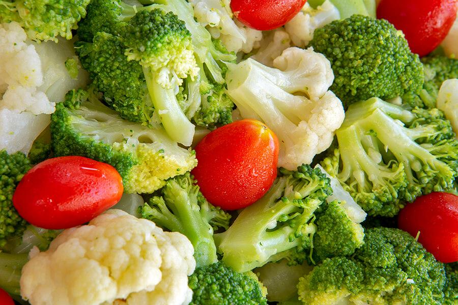 Rau xanh và trái cây tươi luôn tốt cho cơ thể