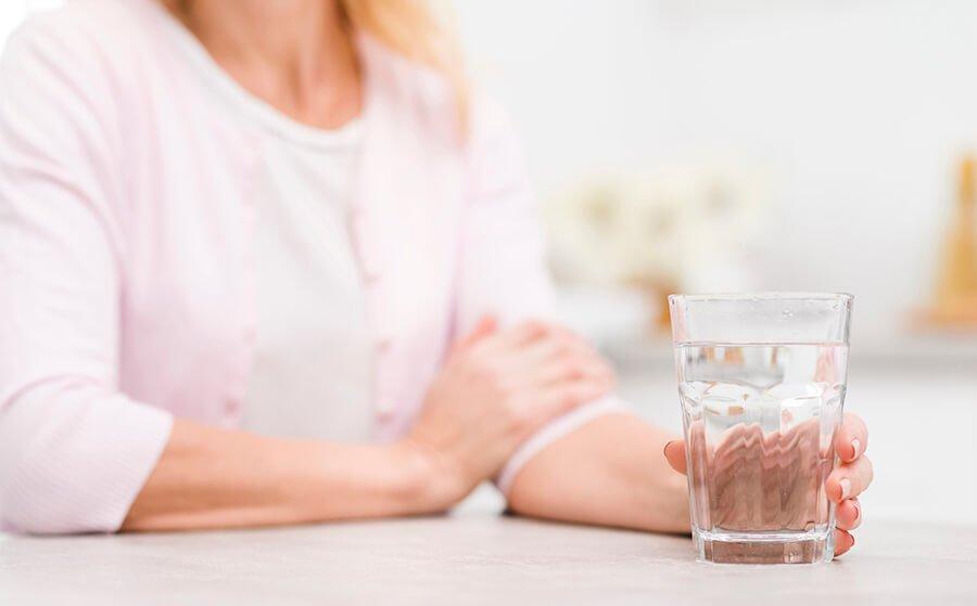 Luôn bổ sung đủ nước cho cơ thể