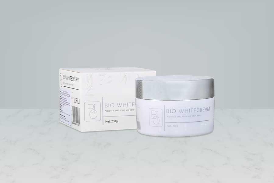 Bio White Cream hỗ trợ nuôi dưỡng da trắng sáng với các thành phần từ tự nhiên
