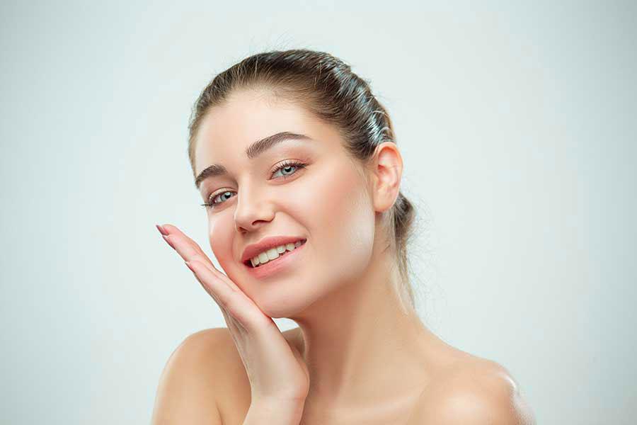 Dành một ít thời gian để chăm sóc da mỗi ngày