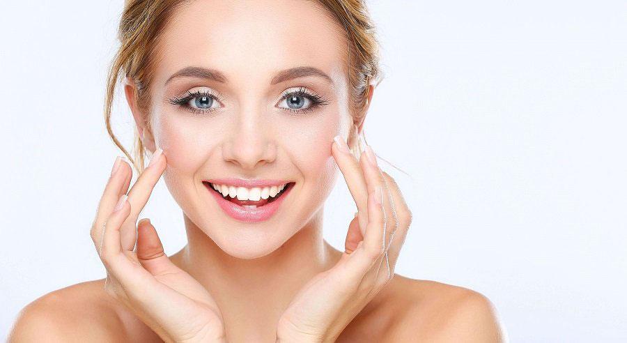 Làn da đẹp phải được nuôi dưỡng từ ngoài vào trong