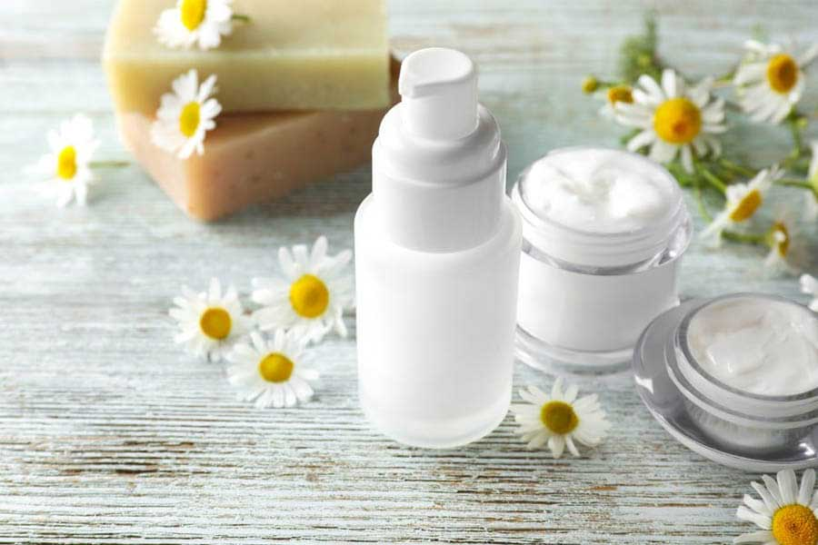 Nhiều sản phẩm dưỡng da, chăm sóc cơ thể từ tinh chất hoa cúc la mã