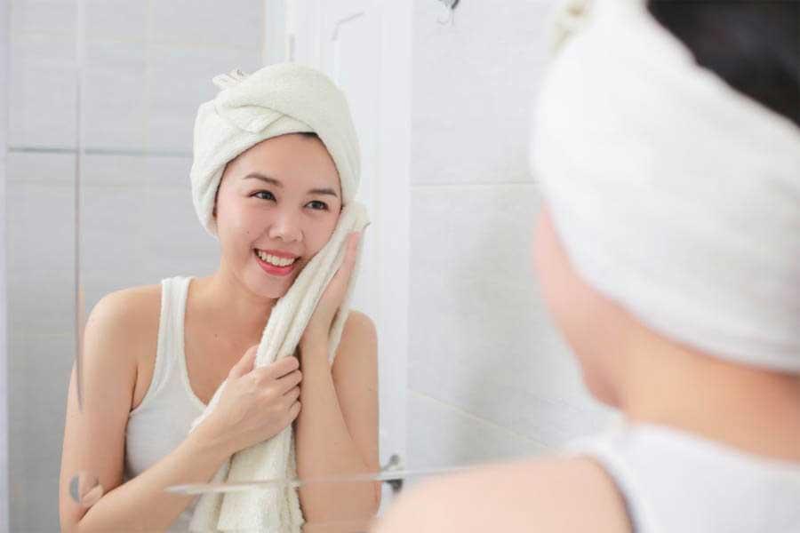 Thường xuyên vệ sinh sạch sẽ khăn lau mặt