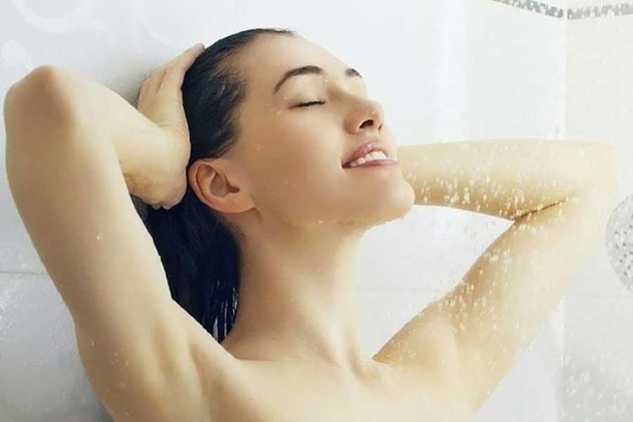 Thường xuyên vệ sinh cơ thể sạch sẽ, đúng cách sẽ hạn chế được mùi hôi từ cơ thể